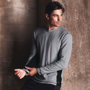 alo-long-sleeve-t-shirt-m3002